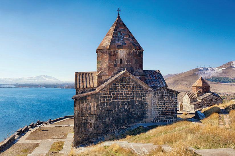 image Armenie Sevanavank Monastere  it