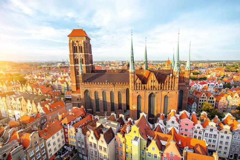 image Pologne gdansk vue aerienne cityscape vieille ville eglise saint marys 37 as_129942755