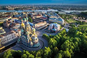 Majestueuse Saint-Pétersbourg - Hôtel Asteria 3*