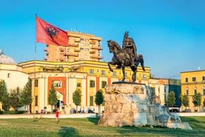albanie tirana skanderbeg square flag hem bey mosque 51 as_126268241