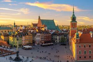 varsovie chateau royal et vieille ville au coucher du soleil 94 as_208632747
