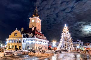 vignette roumanie brasov council sqaure noel 05 as_60809289
