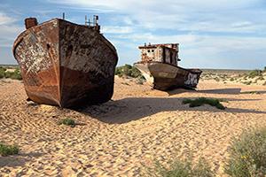 (vignette) Vignette Ouzbekistan Mer Aral Moynaq Bateaux desert  fo