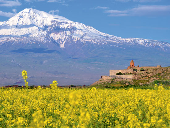 armenie mont ararat monastere khor virap  fotolia